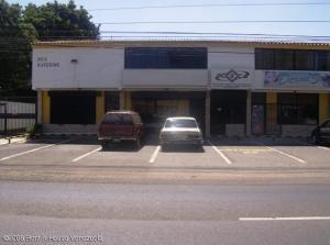 Local Comercial En Venta En Municipio San Francisco, La Coromoto, Venezuela, VE RAH: 17-1203