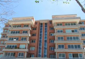 Apartamento En Venta En Caracas, Lomas Del Sol, Venezuela, VE RAH: 17-1221