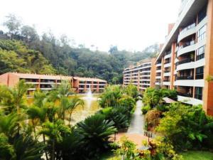 Apartamento En Venta En Caracas, La Lagunita Country Club, Venezuela, VE RAH: 17-1271