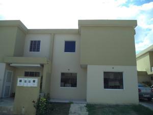 Casa En Venta En Cabudare, El Trigal, Venezuela, VE RAH: 17-1249