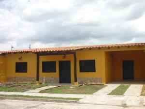 Casa En Venta En Municipio San Diego, Terrazas De San Diego, Venezuela, VE RAH: 17-1323