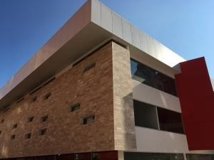 Oficina En Alquiler En Maracaibo, Colonia Bella Vista, Venezuela, VE RAH: 17-1326