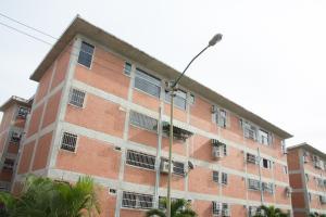 Apartamento En Venta En Guatire, El Ingenio, Venezuela, VE RAH: 17-1360