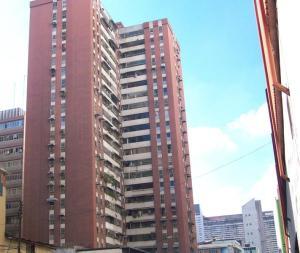 Apartamento En Venta En Caracas, Parroquia La Candelaria, Venezuela, VE RAH: 17-1394
