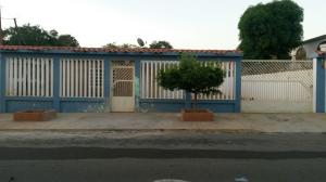 Casa En Venta En Maracaibo, Francisco De Miranda, Venezuela, VE RAH: 17-1385