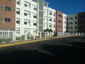Apartamento En Venta En Cabimas, Bello Monte, Venezuela, VE RAH: 17-2885
