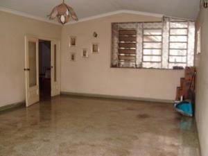 Casa En Venta En Caracas - Colinas de Santa Monica Código FLEX: 17-1399 No.6