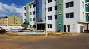 Apartamento En Venta En Coro, Sol Dorado, Venezuela, VE RAH: 17-1403