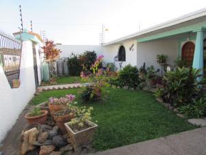 Casa En Venta En Ciudad Bolivar, Andres Eloy Blanco, Venezuela, VE RAH: 17-1555