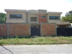Casa En Venta En Valencia, Guaparo, Venezuela, VE RAH: 17-1791