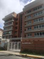 Apartamento En Venta En Caracas, Lomas Del Sol, Venezuela, VE RAH: 17-1437