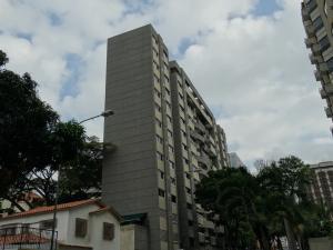 Apartamento En Venta En Caracas, El Rosal, Venezuela, VE RAH: 17-1458