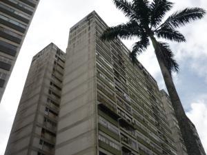 Apartamento En Venta En San Antonio De Los Altos, Los Salias, Venezuela, VE RAH: 17-1790