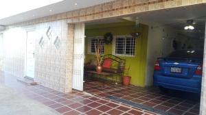 Casa En Venta En Maracaibo, Los Mangos, Venezuela, VE RAH: 17-1462