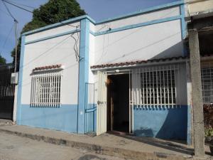 Casa En Venta En Valencia, Los Colorados, Venezuela, VE RAH: 17-1470