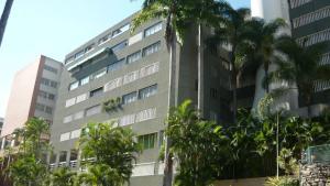 Apartamento En Venta En Caracas, Los Samanes, Venezuela, VE RAH: 17-1501