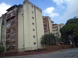 Apartamento En Venta En Valencia, Trigal Centro, Venezuela, VE RAH: 17-1558