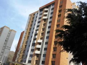 Apartamento En Venta En Municipio Naguanagua, Palma Real, Venezuela, VE RAH: 17-1487