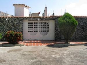 Casa En Venta En Santa Cruz De Aragua, La Capilla Iii, Venezuela, VE RAH: 17-1493