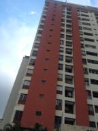 Apartamento En Venta En Caracas, Guaicay, Venezuela, VE RAH: 17-1503