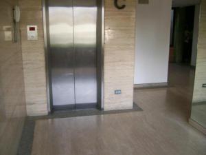 Apartamento En Venta En Caracas - Los Dos Caminos Código FLEX: 17-1559 No.4