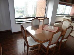 Apartamento En Venta En Caracas - Los Dos Caminos Código FLEX: 17-1559 No.14