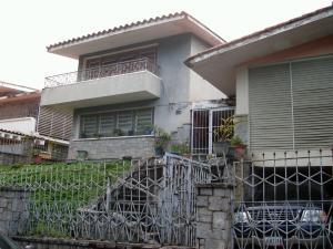 Casa En Venta En Caracas - Colinas de Santa Monica Código FLEX: 17-1399 No.1