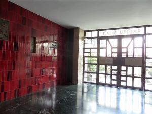 Apartamento En Venta En Caracas, Santa Monica, Venezuela, VE RAH: 17-1711