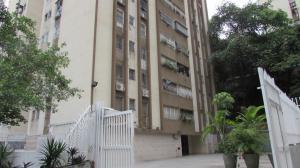 Apartamento En Venta En Caracas, El Paraiso, Venezuela, VE RAH: 17-1542
