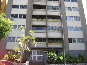 Apartamento En Venta En Caracas, Bello Campo, Venezuela, VE RAH: 17-1554