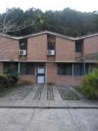 Townhouse En Venta En Charallave, Valles De Chara, Venezuela, VE RAH: 17-1568