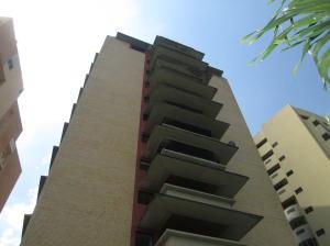 Apartamento En Venta En Valencia, El Parral, Venezuela, VE RAH: 17-2002