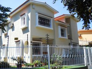 Casa En Venta En Valencia, Las Chimeneas, Venezuela, VE RAH: 17-1611