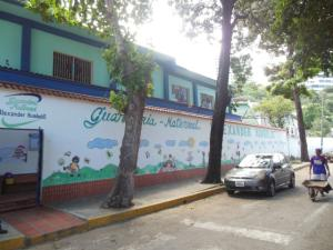 Casa En Venta En Parroquia Caraballeda, Caribe, Venezuela, VE RAH: 17-1610