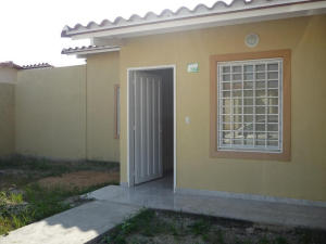 Casa En Venta En Guacara, Ciudad Alianza, Venezuela, VE RAH: 17-2535