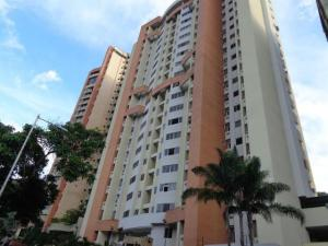Apartamento En Venta En Valencia, Las Chimeneas, Venezuela, VE RAH: 17-1661