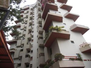 Apartamento En Venta En Caracas, Lomas De Prados Del Este, Venezuela, VE RAH: 17-1681