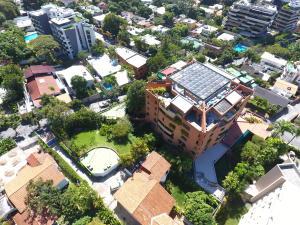 Apartamento En Venta En Caracas, Los Palos Grandes, Venezuela, VE RAH: 17-1691