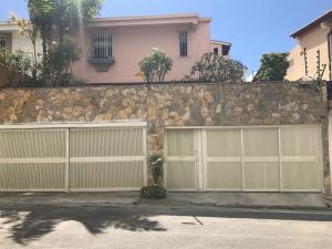 Casa En Venta En Caracas, Alto Prado, Venezuela, VE RAH: 17-1715