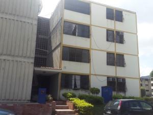 Apartamento En Venta En Municipio San Diego, Monteserino, Venezuela, VE RAH: 17-1735