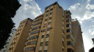 Apartamento En Venta En Valencia, Prebo I, Venezuela, VE RAH: 17-1277