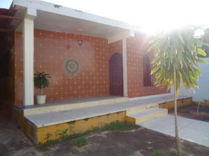 Casa En Venta En Barquisimeto, Parroquia Catedral, Venezuela, VE RAH: 17-1782