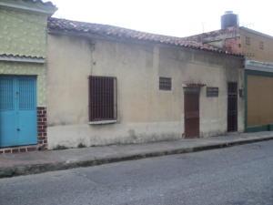 Terreno En Venta En La Victoria, Centro, Venezuela, VE RAH: 17-1777
