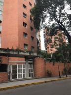 Apartamento En Venta En Caracas, El Rosal, Venezuela, VE RAH: 17-1881