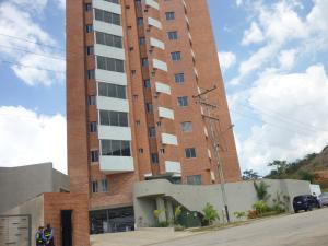 Apartamento En Venta En Municipio Naguanagua, Manantial, Venezuela, VE RAH: 17-1804