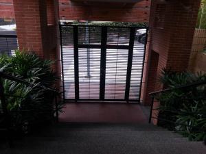 Apartamento En Venta En Caracas - La Bonita Código FLEX: 17-1816 No.1