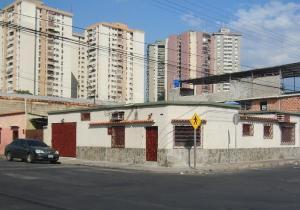 Casa En Venta En Maracay, Santa Rosa, Venezuela, VE RAH: 17-1829
