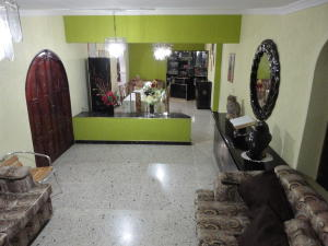 Casa En Venta En Maracaibo, La Floresta, Venezuela, VE RAH: 17-1834