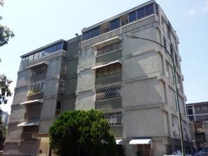 Apartamento En Venta En Caracas, Colinas De Bello Monte, Venezuela, VE RAH: 17-1870