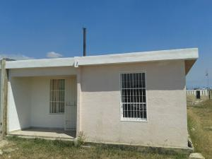 Casa En Venta En Guacara, Ciudad Alianza, Venezuela, VE RAH: 17-1846